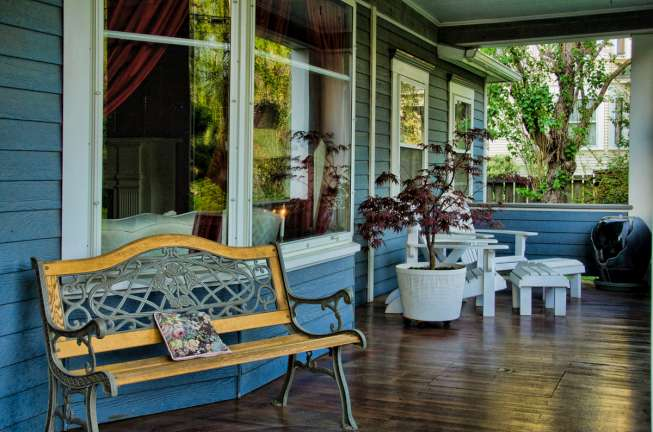 Maxwell_Front_Porch_5427